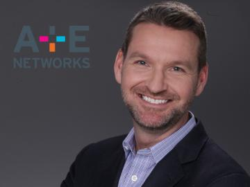 A+E Networks promueve a Christopher Barry